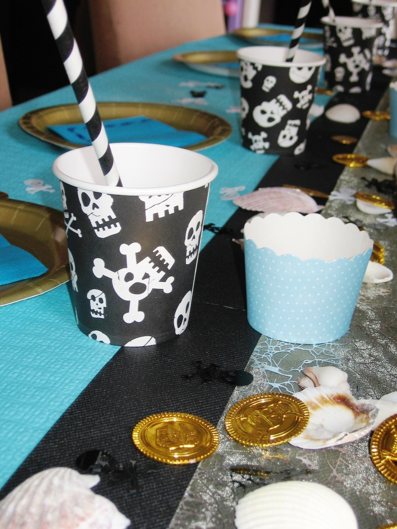 table anniversaire pirates