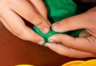 activité avec les enfants pâte à modeler
