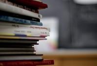 pile de manuels scolaires