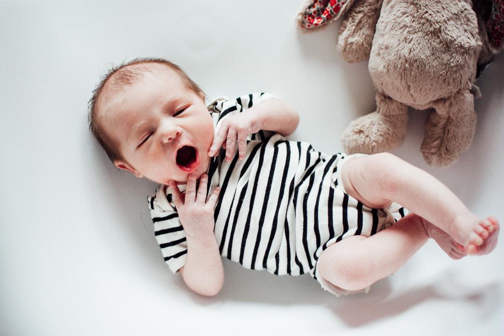 séance photo bébé marinière