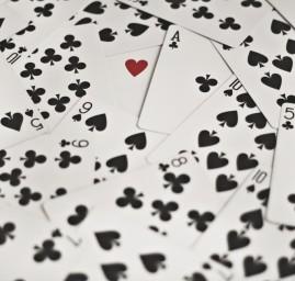 coeur parmi les piques