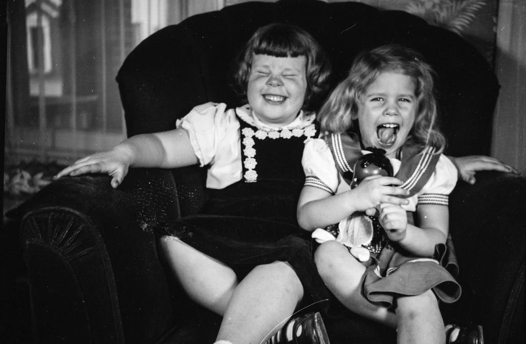 photo vintage fillettes qui rient