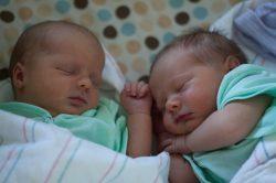 Accouchement de jumeaux par voie basse