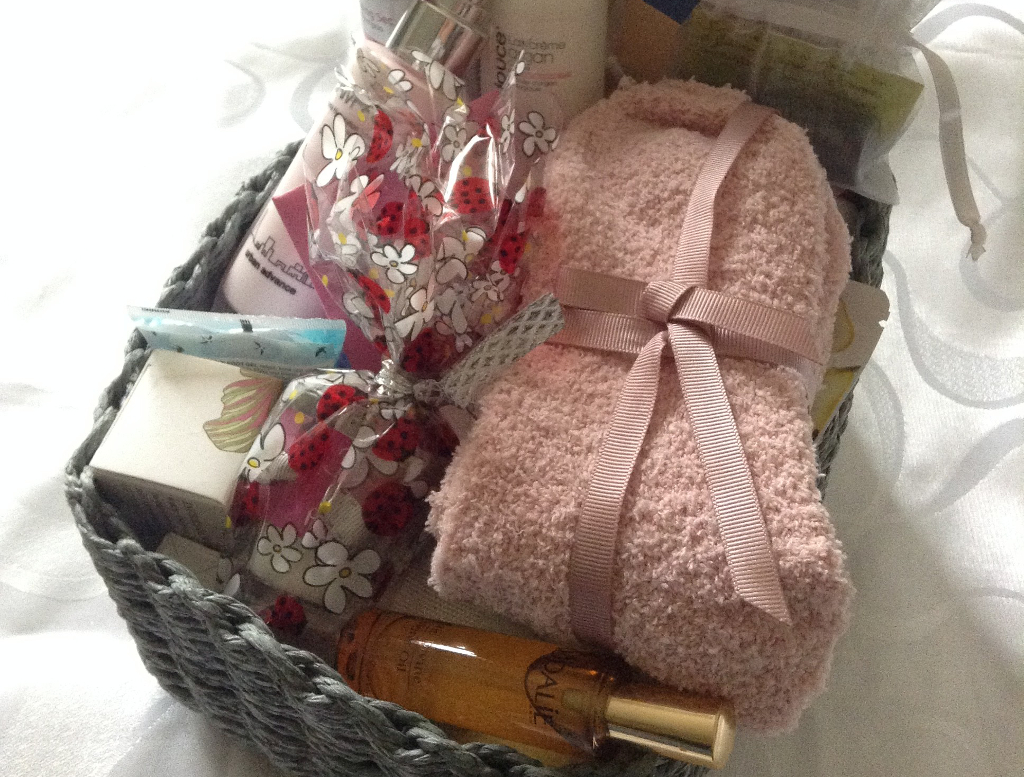 Baby Shower Cadeau Futur Maman 45 idées de cadeaux pour femme enceinte | dans ma tribu