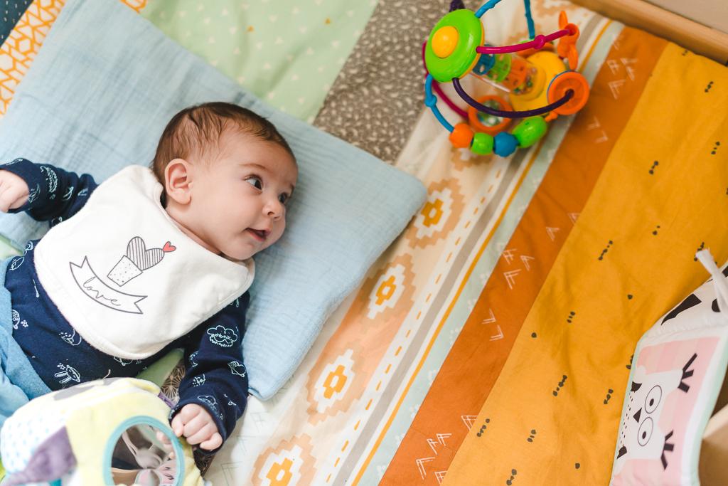 Les 6 premiers mois de bébé // Photo : Amandine Gimenez