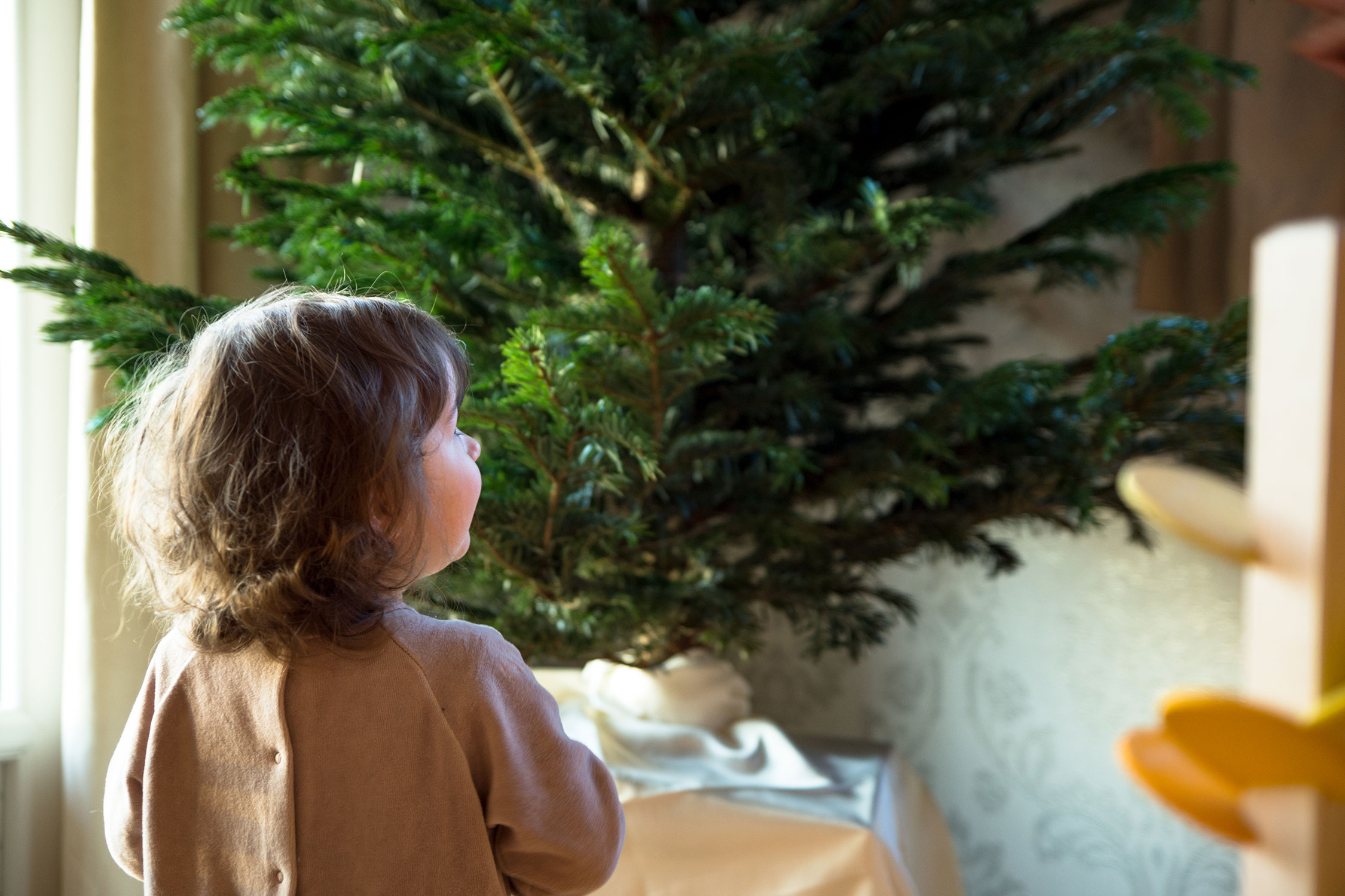 Noël-en-famille-cadeaux-et-pas-de-père-Noël